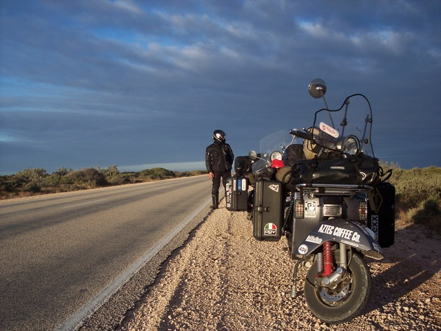 Vespa on Nullarbor